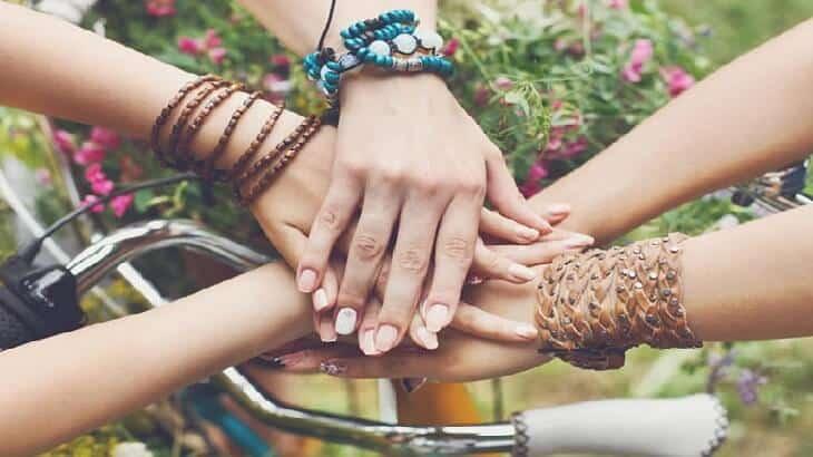 6bc0a310e موضوع تعبير عن اهمية الصداقة في حياة الانسان | يلا نذاكر