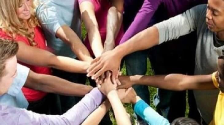 موضوع تعبير عن الوحدة الوطنية بالعناصر لجميع الطلاب