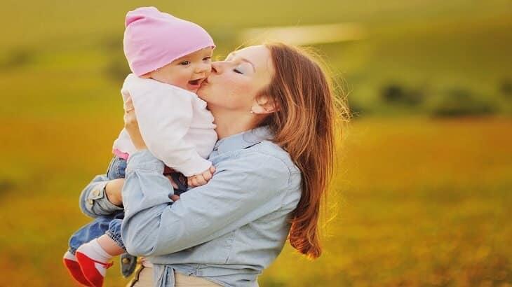 موضوع تعبير عن الام المثالية بالعناصر