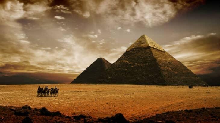 موضوع تعبير عن مصر وجمالها بالعناصر