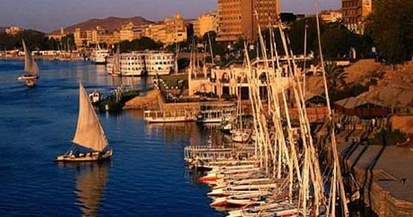 بحث عن السياحة في مصر باللغة العربية