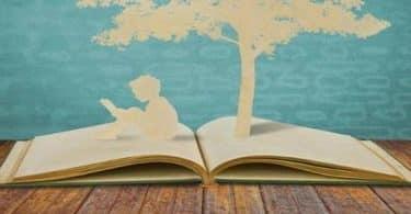 موضوع يتناول القراءة وفوائدها