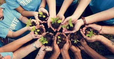 بحث عن العمل التطوعي وأهميته