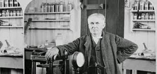 بحث عن توماس اديسون جاهز للطباعة