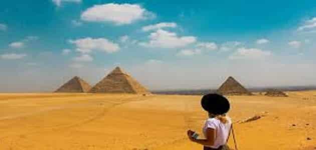 موضوع تعبير عن السياحة مصدر من مصادر الدخل القومي بالعناصر